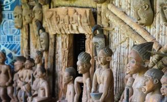 Wooden African sculptures of people